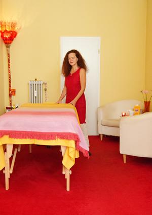 aktuelles ber hrung mit herz wunderbare massagen wiesbaden mainz. Black Bedroom Furniture Sets. Home Design Ideas